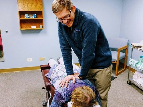 Chiropractic Adjustment in Wheaton, IL